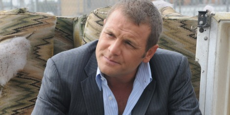 TV News - David Cubitt cast as Mark Shaw aka Manhunter in Arrow Season 3