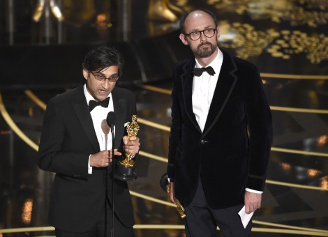 Film News - Oscars 2016 - Asif Kapadia and James Gay Rees accepted Oscar for Amy winning Best Documentary Feature