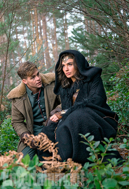Wonder Woman - Gal Gadot and Chris Pine on set