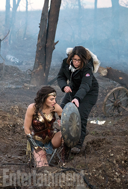 Wonder Woman - Gal Gadot with director Patty Jenkins on set