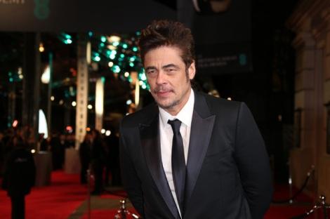 Film News - Predator - Benicio Del Toro in talks to star in Reboot