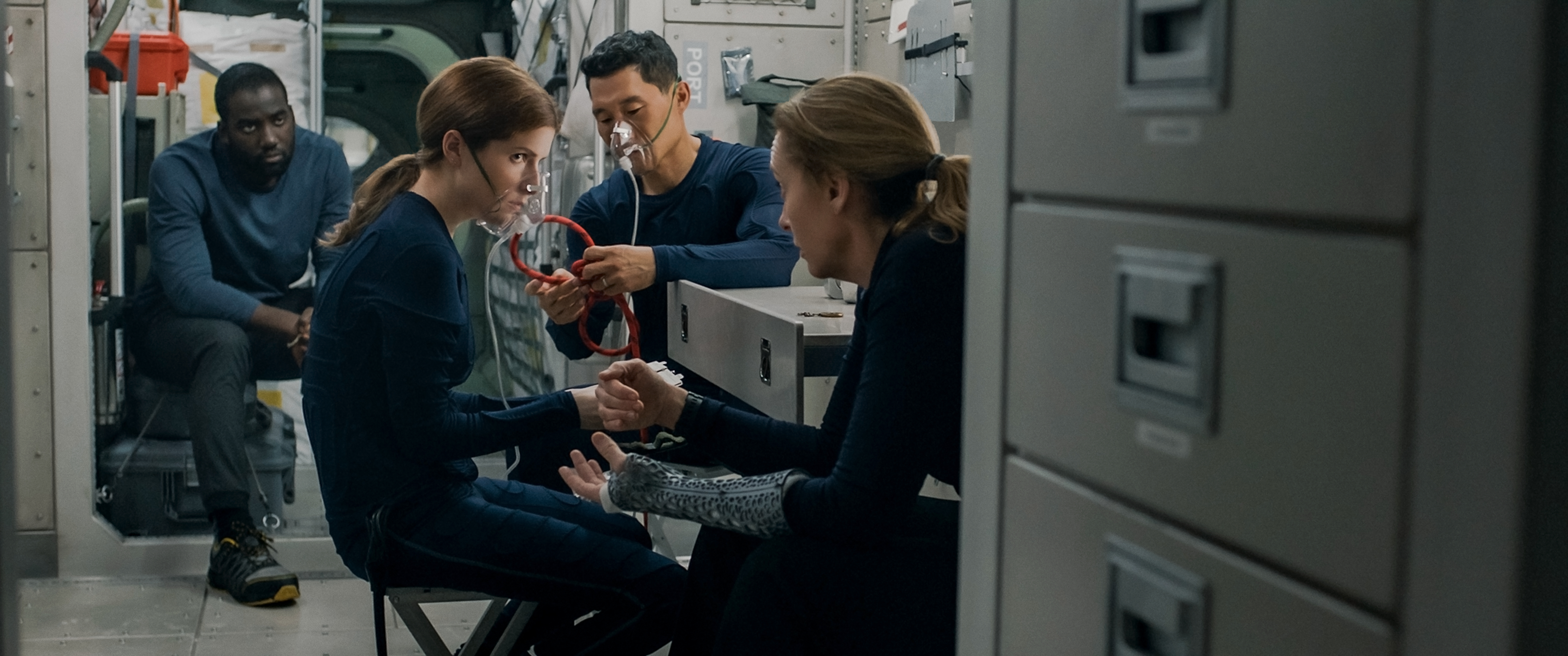 Film Review of Stowaway starring Shamier Anderson, Anna Kendrick, Toni Colletee and Daniel Dae Kim