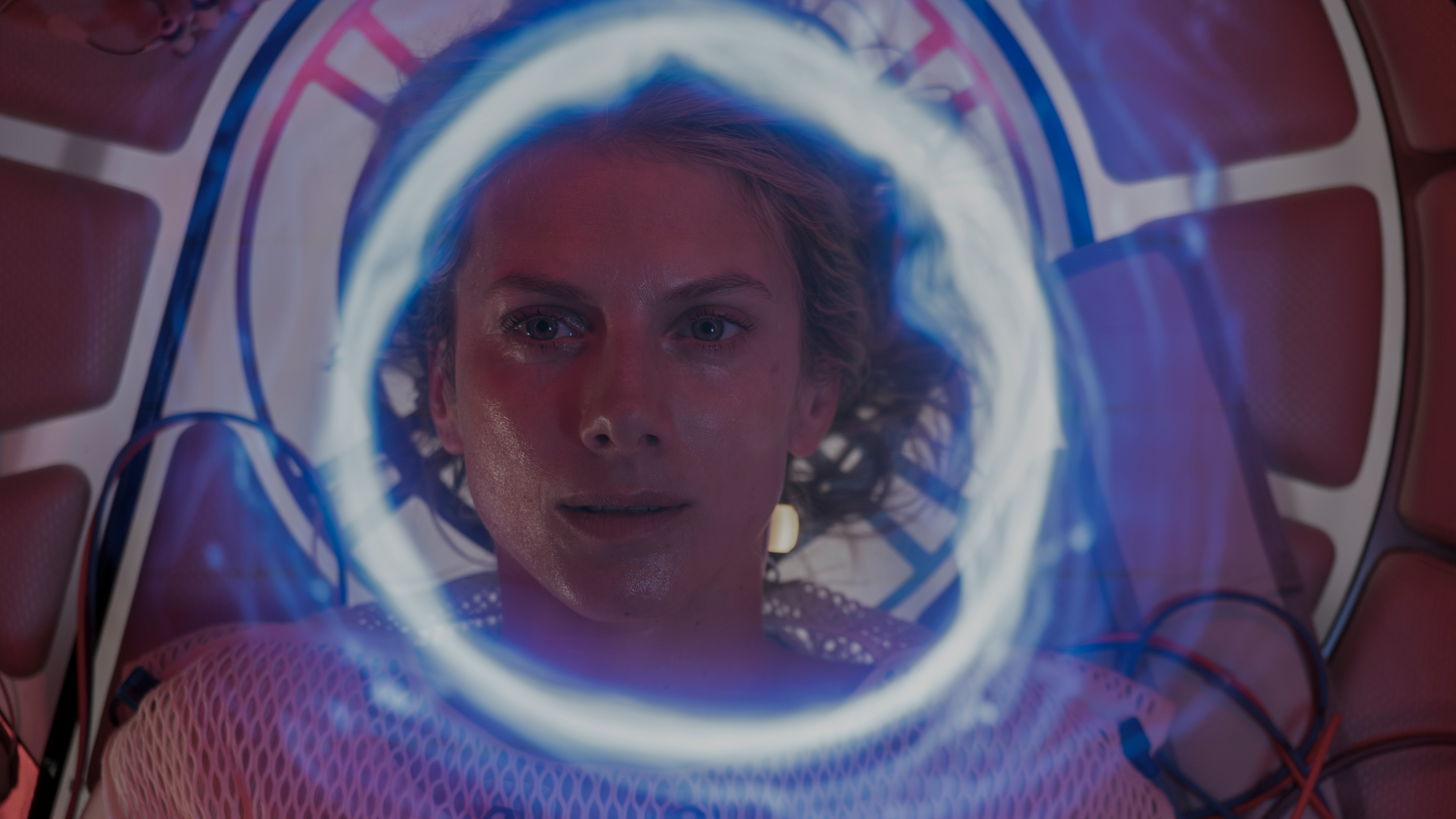 Film Review of Oxygen directed by Alexandre Aja